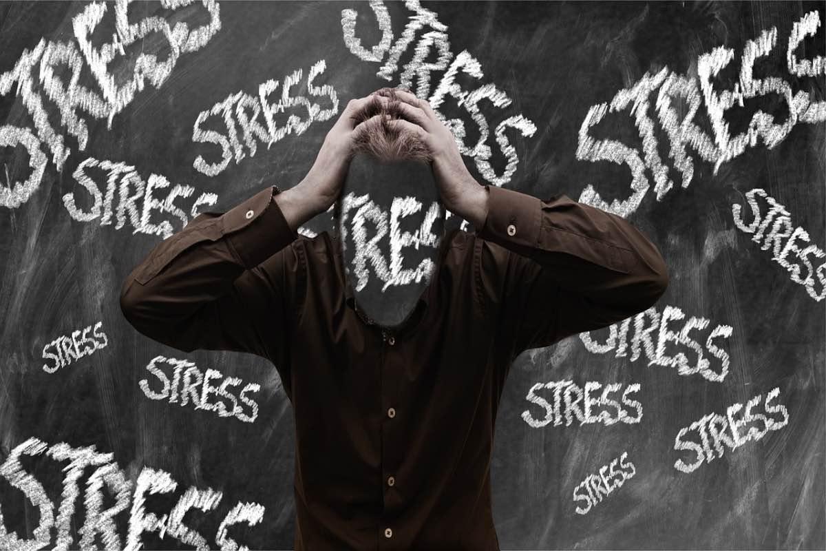 Homem em stress